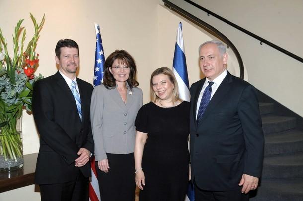 Sarah Palin with Prime Minister Benjamin Netanyahu and his wife Sara Netanyahu