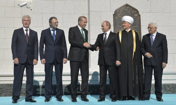 Suleiman Kerimov with Russian Leaders