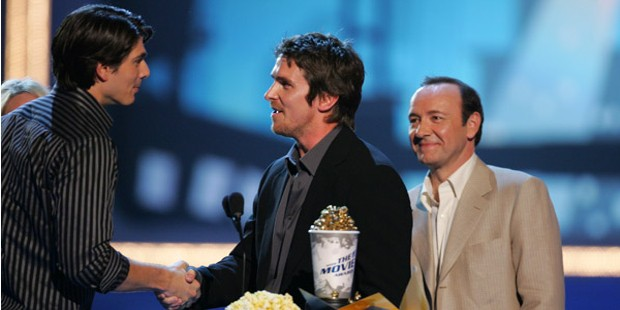 Christian Bale Receiving MTV Award in 2006