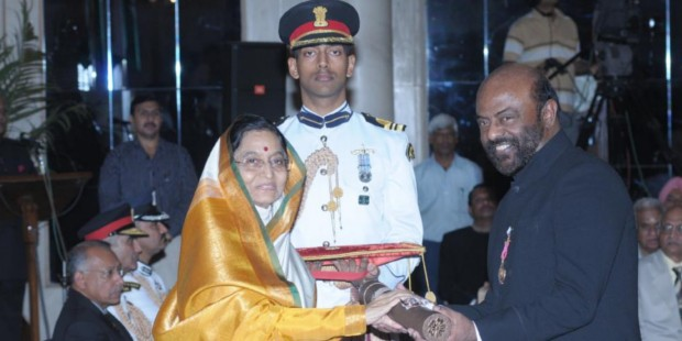 HCL Founder Mr. Shiv Nadar Receiving Indian Civilian Honor Padma Bhushan From Former Indian President