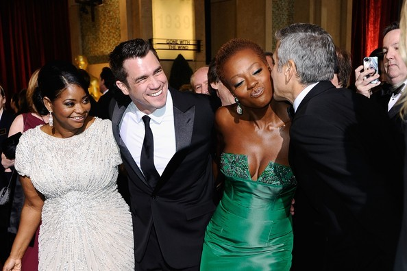 George Clooney Kissing Viola Davis