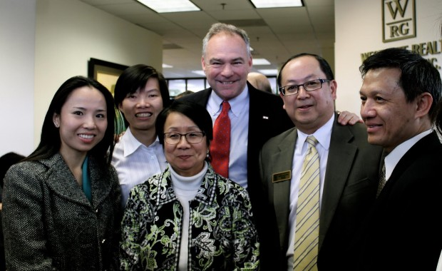 Vietnamese Community Sponsored a Q&A event with Senator Tim Kaine