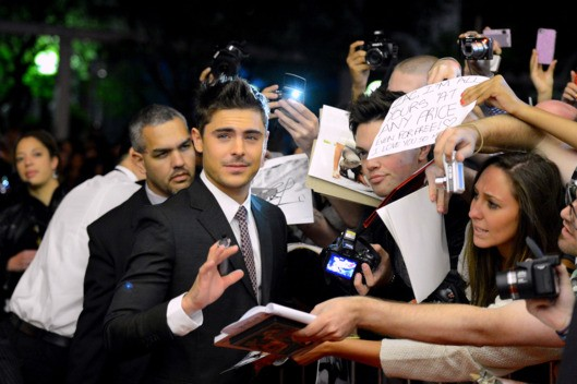 Zac Efron Among His Fans