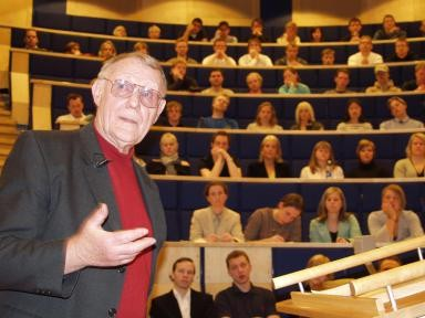 Founder of IKEA, lecturing a group of students at Vaxjo University.