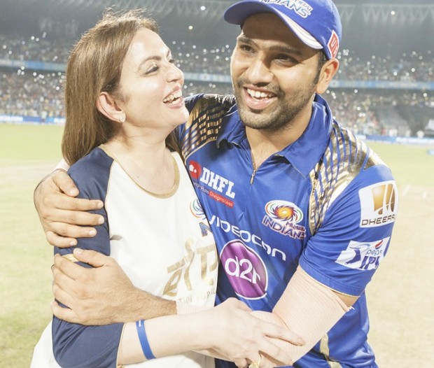 Rohit Sharma With Nita Ambani