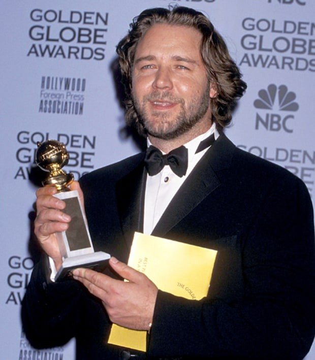 Russell Crowe with his Golden Globe Award