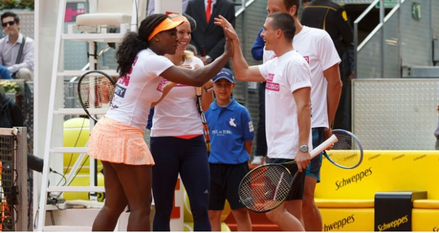 Colton Haynes with Serena Williams in a Charity Match 2015