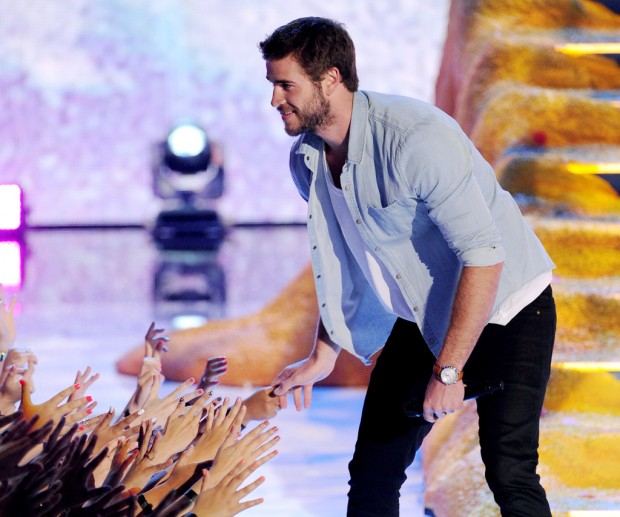 Liam Hemsworth at Teen Choice Awards 2013