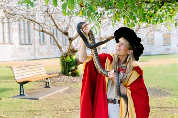 Terri Irwin received  Honorary Doctorate from the University of Queensland in 2014