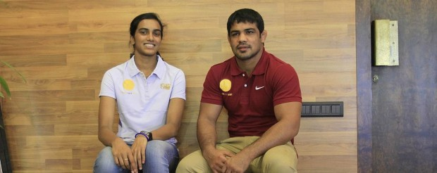Sindhu with Indian wrestler Sushil Kumar