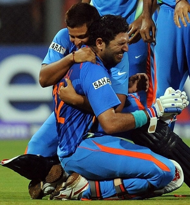 Yuvi Embraced By Raina after India winning 2011 WC