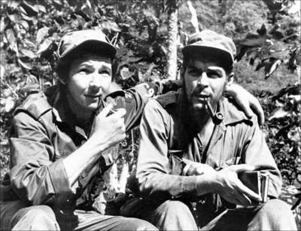 Raul Castro With Che Guevara