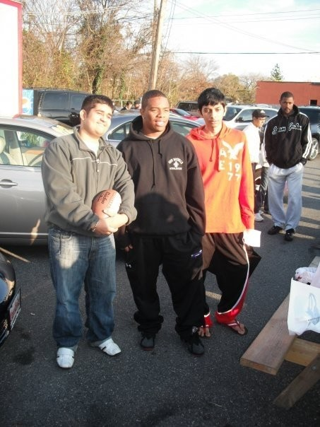 Ray Rice with fans at Car Biz