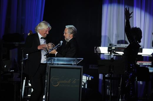 Sir Richard received lifetime award of Grammy 2012