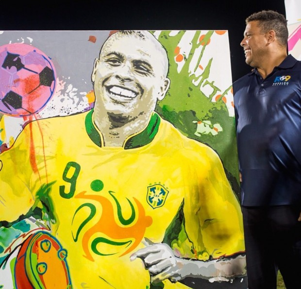 Ronaldo with his painted picture