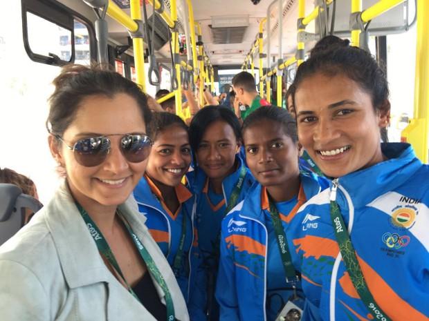 Sania Mirza with Indian Women Hockey team at Rio Olympics