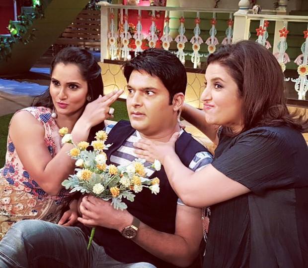 Sania Mirza with Kapil Sharma and Farah Khan on sets of The Kapil Sharma Show