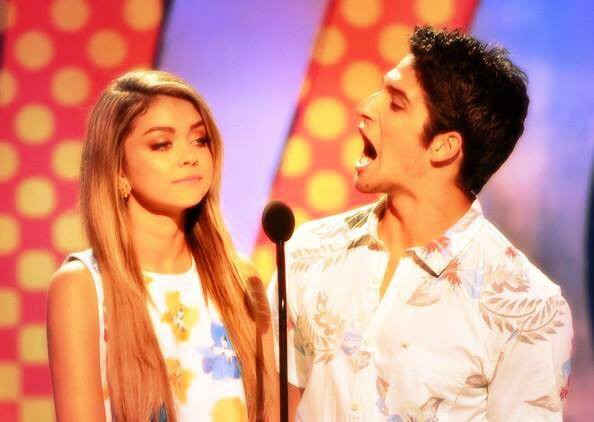 Tyler Posey and Sarah Hyland at Fox Teen Choice Awards