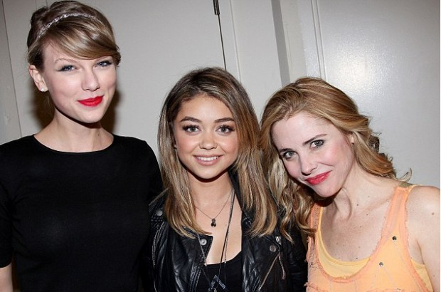 Sarah Hyland with Taylor Swift and Kerry Butler