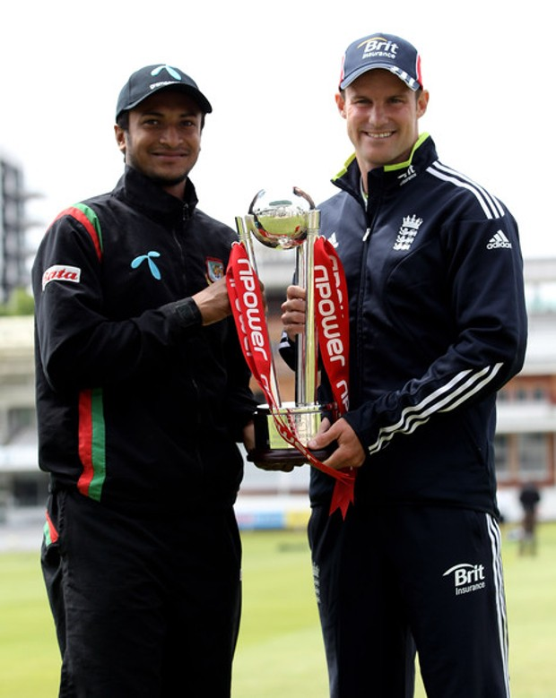 Shakib Al Hasan and Andrew Strauss