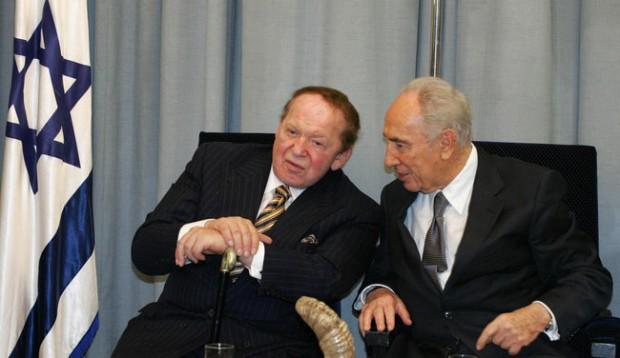 Shimon Peres with Sheldon Adelson