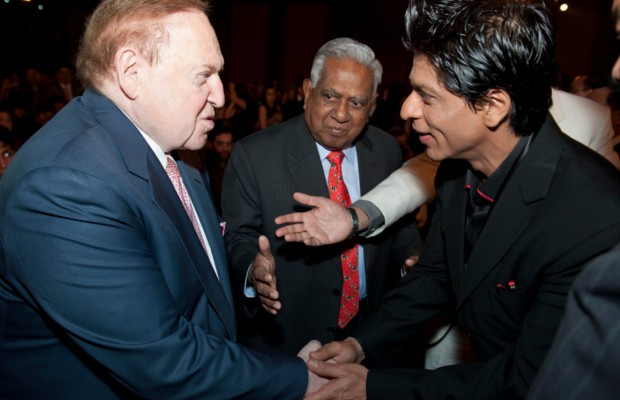 Indian Actor Shahrukh Khan shaking hands with Sheldon Adelson