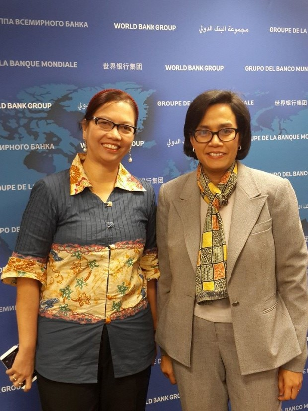 Sri Mulyani Indrawati and Uni Lubis
