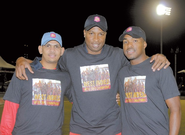 Sunil Narine With Kieron Pollard and Darren Bravo