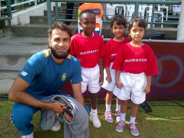 mran Tahir with our 3 junior  at PPC Newlands Cricket