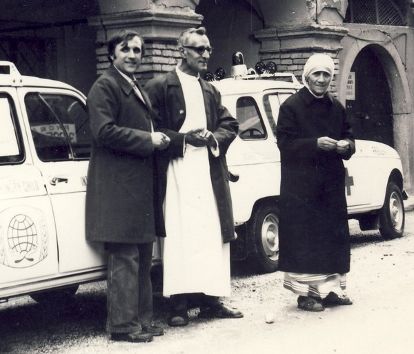 Mother Teresa in Zagreb in 1977 with Fr. Ante Gabri? and Vladimir Pale?ek
