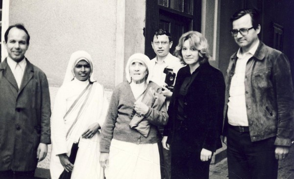 Mother Teresa in Zagreb in the court of Basilica of Sacred Heart of Jesus, Palmoti?eva 31, around 1980