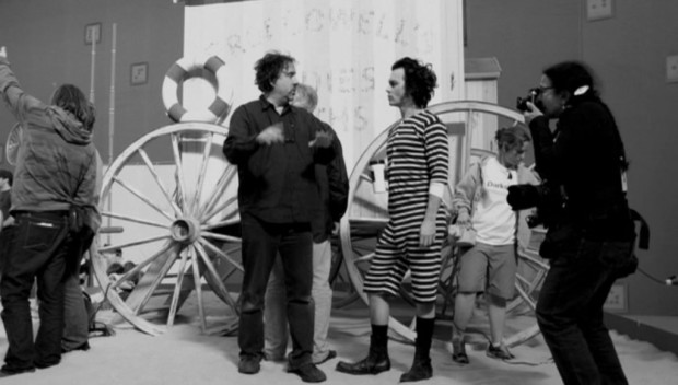 Tim Burton On The Sets Of 'Sweeny Todd'