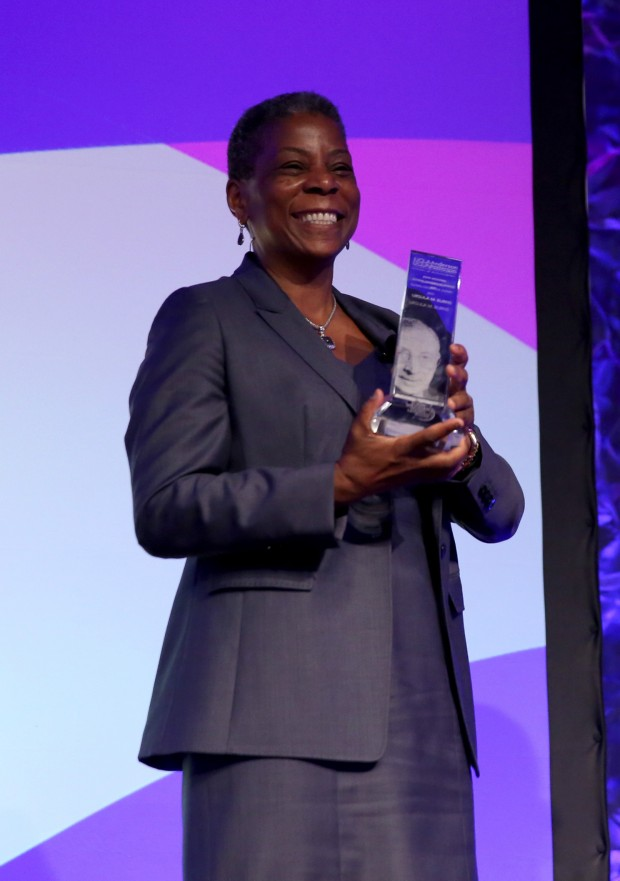 Xerox CEO Ursula Burns accepts John Wooden Global Leadership Award