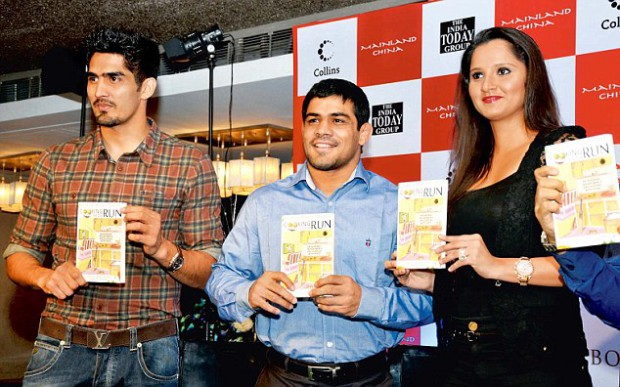 Vijender with wrestler Sushil Kumar and tennis player Sania Mirza