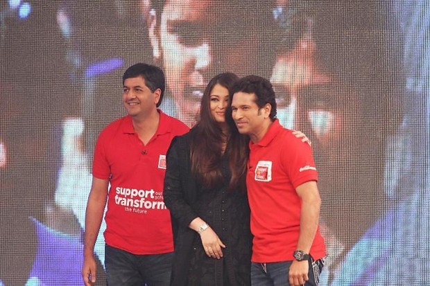 Vikram Chandra with Aishwarya Rai Bachchan and Sachin Tendulkar