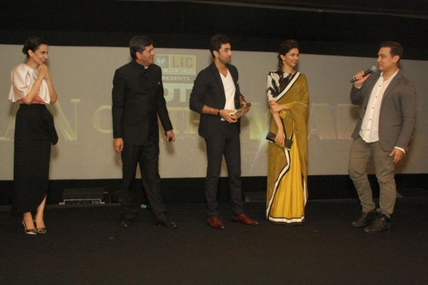 Indian Actors and Vikram Chandta at NDTV Indian of the Year Awards