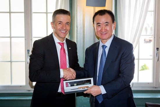 Chairman Wang Jianlin visits the headquarters of Infront Sports & Media