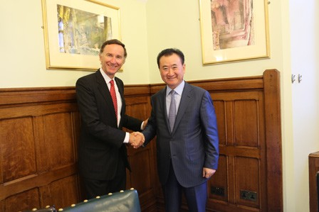 Wang Jianlin attends luncheon with UK trade minister