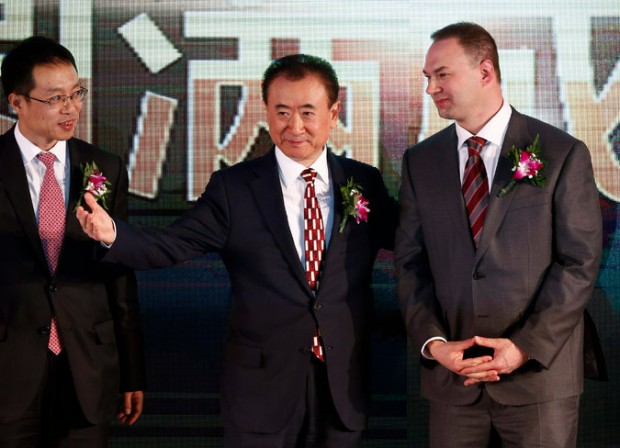 Thomas Tull with Wang Jianlin