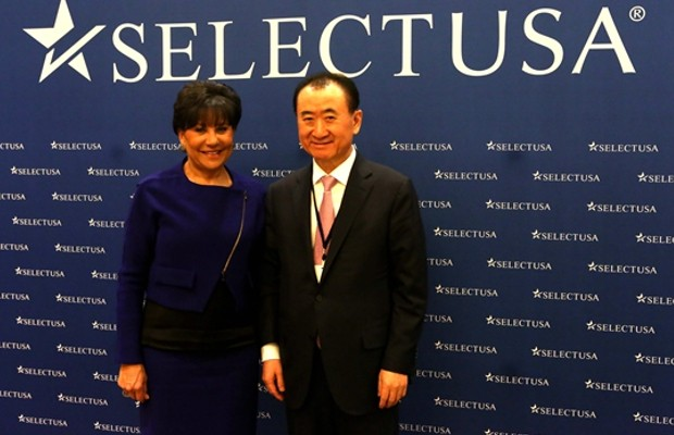 Wang Jianlin meets with US Secretary of Commerce