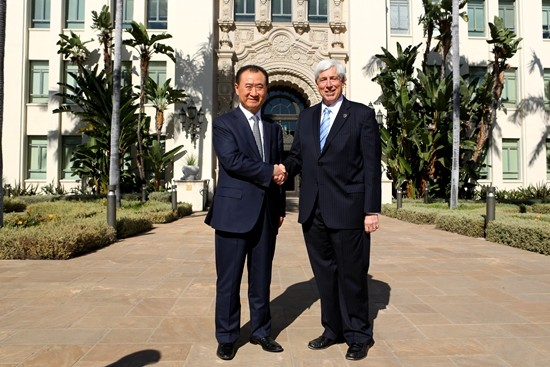 Wang Jianlin meets with Beverly Hills Mayor