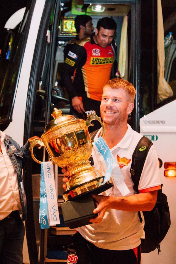 Warner with 2016 IPL Trophy