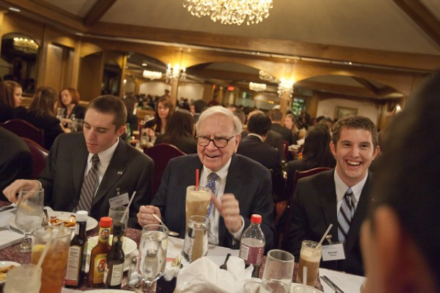 Warren Buffett with Business Students