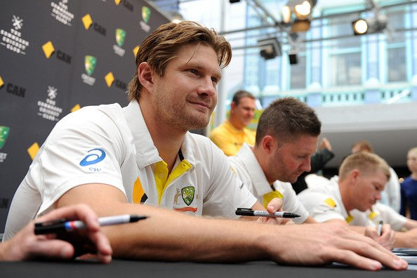 Shane Watson with Other Aussie Cricketer during Australian Fan Day