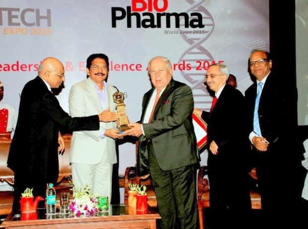 CHEMTECH Hall of Fame Award was given to Dr Yusuf Hamied