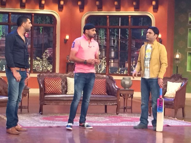 Yuvraj Singh at comedy nights with Kapil with Harbhajan Singh and Kapil Sharma