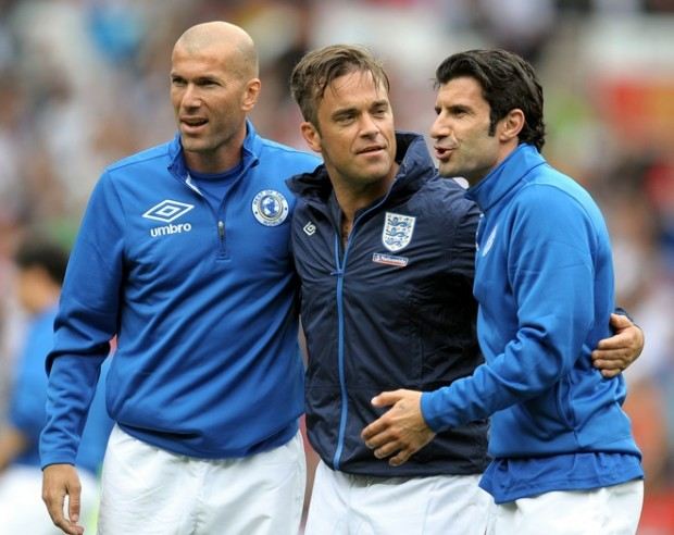 Robbie Williams with Zidane and Figo
