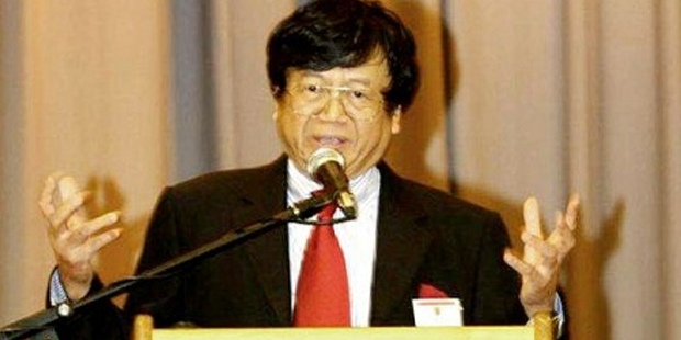 Samuel Tak Lee